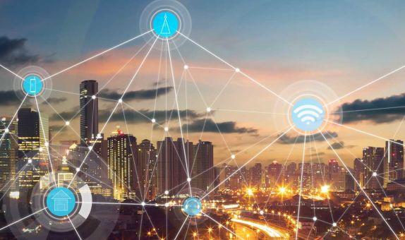 Akıllı Kentlerde Siber Güvenlik Saldırıları ve İlgili Mobil Teknolojiler class=