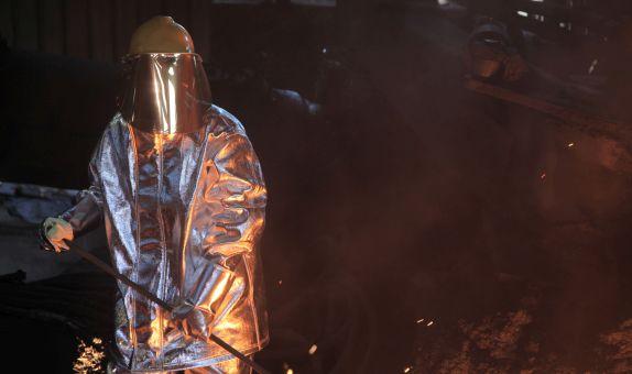 Erimiş Metal Sıçramalarına Karşı Koruyucu Elbiseler
